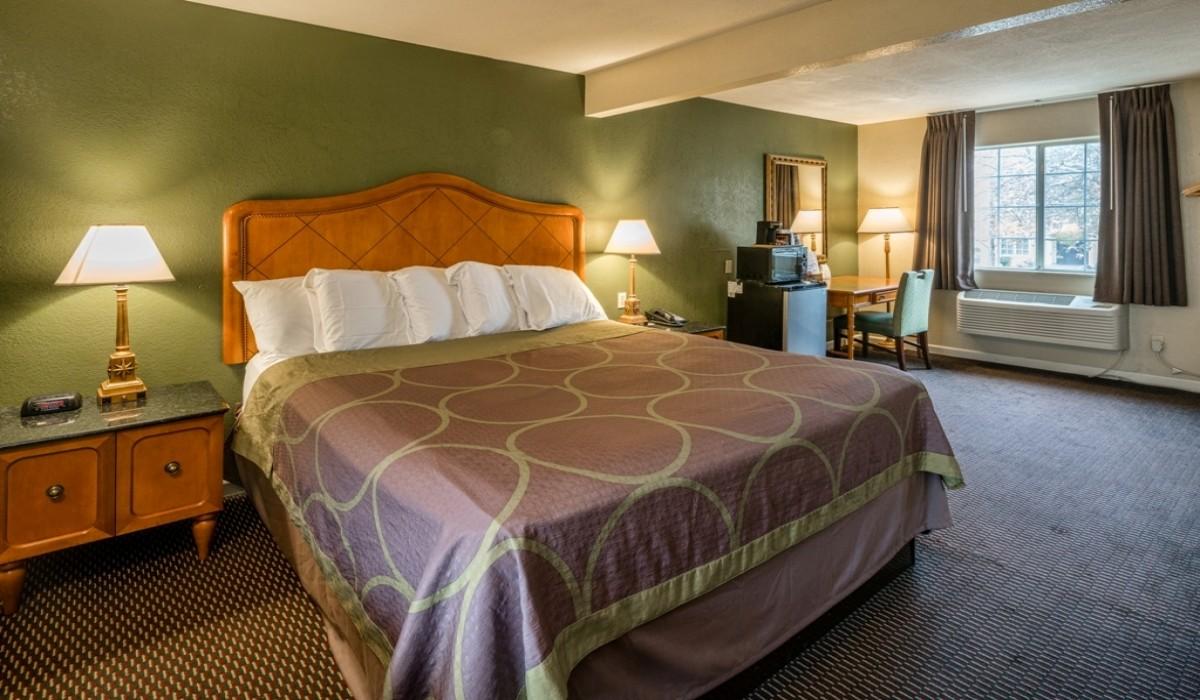 Hotel Rose Garden San Jose - Guest Room