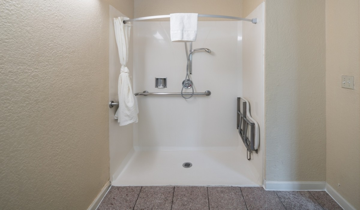 Hotel Rose Garden San Jose - Accessible Guest Rooms